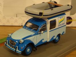 "Citroën 2CV AKS 400 ""Centre Nautique"" hellblau / blau Diorama"