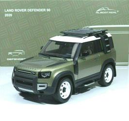 Land Rover Defender 90 mit Roof Pack seit 2020 hellgrün met. / weiss/ schwarz
