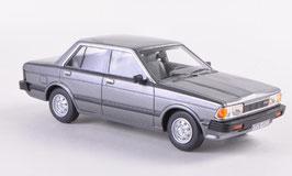Datsun Bluebird 910 Sedan 1979-1983 grau  met.