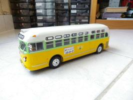 "General Motors TDH-3310 US-Linienbus 1955 ""Cleveland Avenue gelb/ hellgrün /weiss"