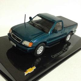 NEU: Chevrolet S-10 Pick Up 1995-2000 dunkelblau met. / Brasil