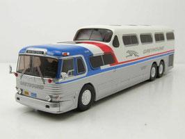 """GMC Scenicruiser Reisebus """"Greyhound 1954-1956 silber / weiss / rot / blau"""