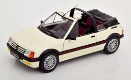 Peugeot 205 CTI 1986-1990 weiss/ schwarz
