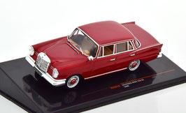 Mercedes-Benz 220 SE W111 1959-1965 dunkelrot