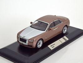 Rolls Royce Ghost seit 2009 palrose met.  / silber met.