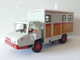 Berliet Stradair 50 1968 Pferdetransport mit Sulky