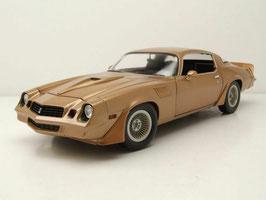 """Chevrolet Camaro Z/28 1979 """"Terminator 2 Judgment Day 1991 gold met."""""""