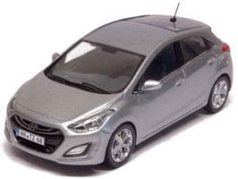 Hyundai i30 GD Phase I 2013-2015 silber met.