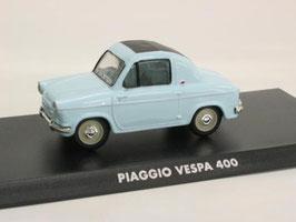 Piaggio Vespa 400 1957-1961 mit Faltdach hellblau / schwarz