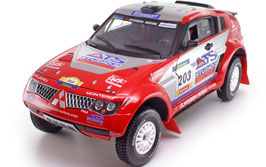 Mitsubishi Pajero Evolution #203 Paris- Dakar 2004 J. Peterhansel /J.P. Cottret