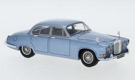 Jaguar 420 1966-1968 hellblau met.