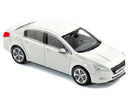 Peugeot 508 I Berline Phase I 2011-2014 weiss met.