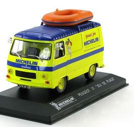 """Peugeot J7 Kastenwagen 1965-1980 """"Jeu de Plage Michelin"""" gelb / blau mit Gummiboot"""