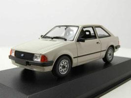 Ford Escort III 3-Türer 1980-1985 hellgrau