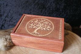 Tarotdoos tree of life  gegraveerd.