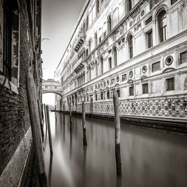 bridge of sighs | venice 2015 | b0153
