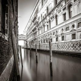 bridge of sighs | venice 2015 | b0153