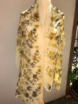 Seidenschal mit Blüten, grün/gelb, Ecoprint