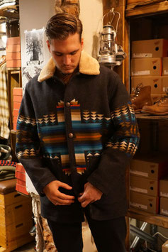 PENDLETON - Brownsville Shearling Collar Coat - Pathfinder