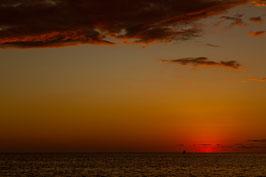 Boot bei Sonnenuntergang - Madagaskar 3