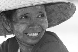 Frau Myanmar/Burma 1