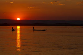 Zwei Boote bei Sonnenuntergang - Madagaskar 1
