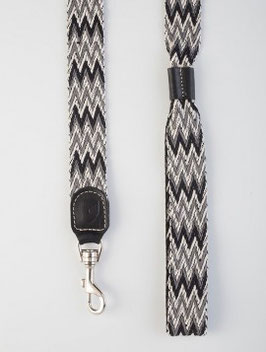 PERUVIAN BLACK LEASH