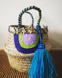 Vanessa Paegler - handbemalter Korb Rainbow Blue
