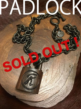 GTSL-003 / LIMITED WOODEN PADLOCK NECKLACE