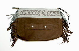 +GZ-008 / FRINGE CLUTCH BAG