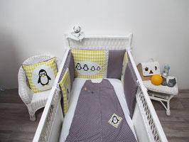 """Tour de lit bébé Gris et jaune thème """"la famille Pingouins"""""""