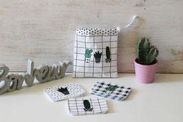 Lot de 10 lingettes démaquillantes lavables et leur pochon motif cactus