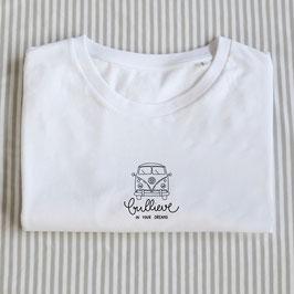 T-Shirt 'Bullieve in your dreams', Motiv mittig
