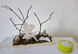 Fée assise sur champignon