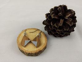 Boucles d'oreilles en bois : losange noyer/simili argent