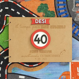 Libro de firmas cumpleaños señal de tráfico