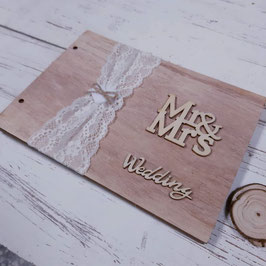 libro de firmas ch  MR & MRS   CON TELA Y CON CORACON EN EL CENTRO  ,wedding