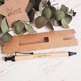 Bolígrafo con funda grabado a láser con 2 nombres
