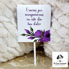 Piruleta de agradecimiento flores lilas