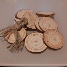 Tronquitos de madera   10 unidades con cuerda para colgar y decorar o para escribir nombres
