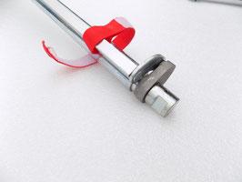 Kleiderstange für Schlüssellochblech mit gefrästem Stahklkopf
