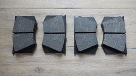 Bremsbeläge für innenbelüftete Scheibenbremse / Brake pads for vented brake disc
