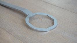 Schraubenschlüssel 8-Kant Befestigungsschraube / Wrench Octagonal screw wheel center