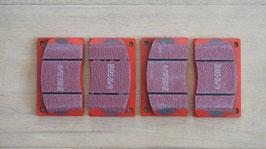 Bremsbeläge für innenbelüftete Scheibenbremse  / Brake pads vor vented disc brake