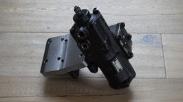 Original ZF Servolenkung mit Montageplatte / Original ZF power steering incl. bracket
