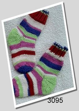 Babysocken aus 6-fädiger Sockenwolle