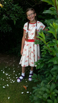 Mädchenkleid zur Einschulung oder für den Schulalltag!