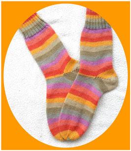 Sehr schöne Kinderwollsocken in frischen Farben, 6-fädig!