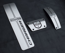 DODGE CHARGER KIT PEDALES INOX LOGO