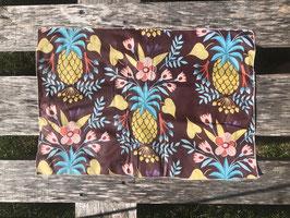 Wachstuch weinrot mit Ananas